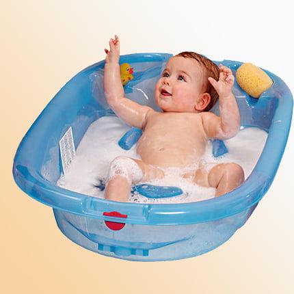babybathing_momsandbabyzone;